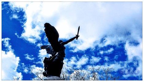 Angel_with_sword_by_BFGL